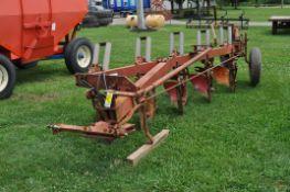 "Case IH 710 5x16"" bottom plow"