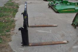 Bradco pallet forks, John Deere quick attach