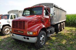 """1994 International 8100 grain truck, Cummins L-10, 9 spd, 225"""" WB, tandem axle w/ steerable"""