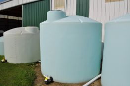 2500 flat bottom poly tank