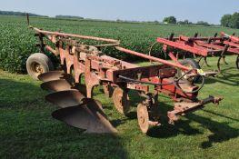 """International 720 moldboard plow, 4x16"""", toggle trip, semi mount"""
