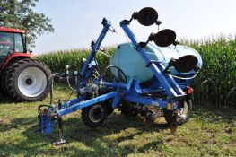 DMI 2800 liquid applicator, 11 coulters with injectors, hyd fold, hyd lift, ground drive