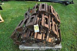 Steel over tire tracks for Bobcat 873