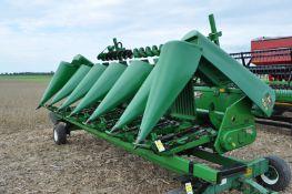 "John Deere 693 corn head, 6 row x 30"", fluted rolls, poly, hyd drive fluff auger, Calmer stalk"