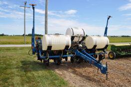 "Kinze 2000 6x30"" corn planter, finger pick-up, 120 gal poly tank w/ 2+2 Kinze openers, no-till"