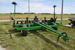 """John Deere 1780 planter, 11 row x 15"""", 3 bushel boxes, vac meters, pneumatic down pressure"""