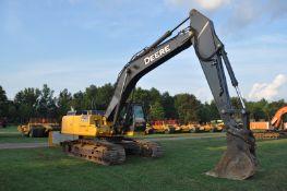 "John Deere 350G LC excavator, 32"" steel pads, C/H/A, JRB hyd coupler, aux boom hyd, 4624 hrs"
