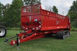 Meyer Crop Max 9530 spreader, S-100 spinner, 1000 PTO spinner drive, hyd drive floor chain, scales