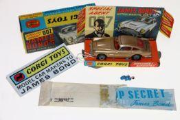 Corgi Toys diecast model vehicle 261 James Bond's Aston Martin DB5 from the film Goldfinger on