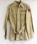 British Army dress uniform shirt or jacket having single crown to epaulettes for the rank of