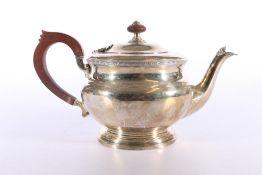 George V silver tea pot byFenton, Russell & Co Ltd, Birmingham 1934, 585g gross