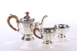Elizabeth II silver three piece tea set by Viner's Ltd (Emile Viner) Sheffield 1960, 693g gross