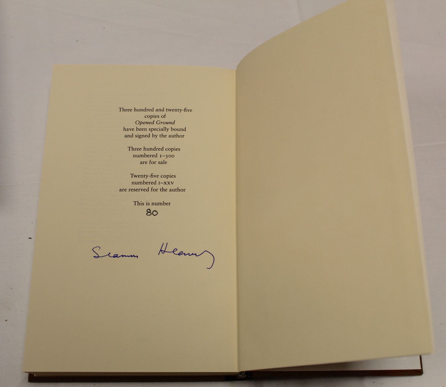 HEANEY SEAMUS. The School Bag. Ltd. ed. 61/300 signed by Heaney & Ted Hughes. Orig. blue & yellow - Image 33 of 36