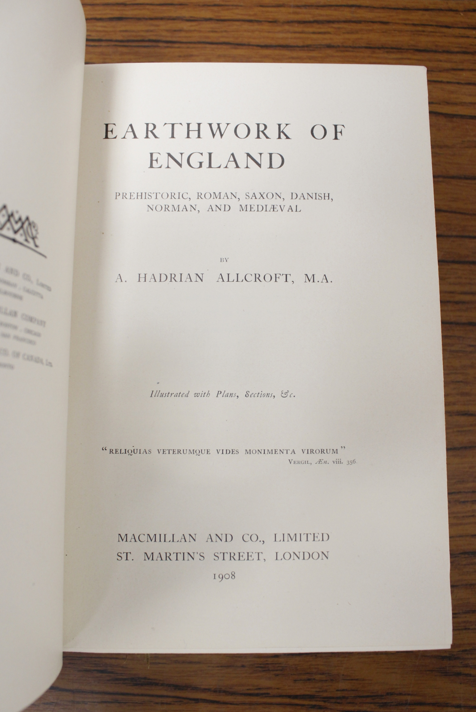 HADRIAN ALLCROFT A.Earthwork of England. Text illus. Fine panelled green morocco by Bumpus. 1908. - Image 3 of 7