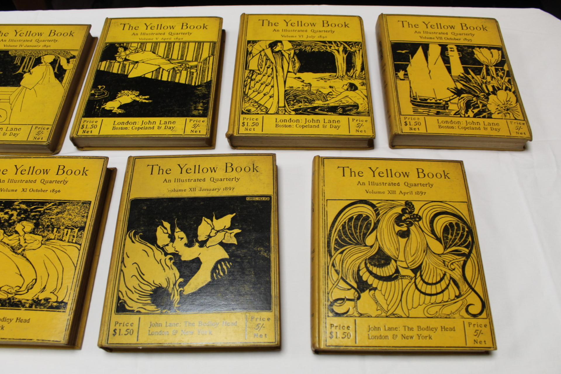 THE YELLOW BOOK.An Illustrated Quarterly. A set of 13 vols., many fine illus. Small quarto. - Image 10 of 45