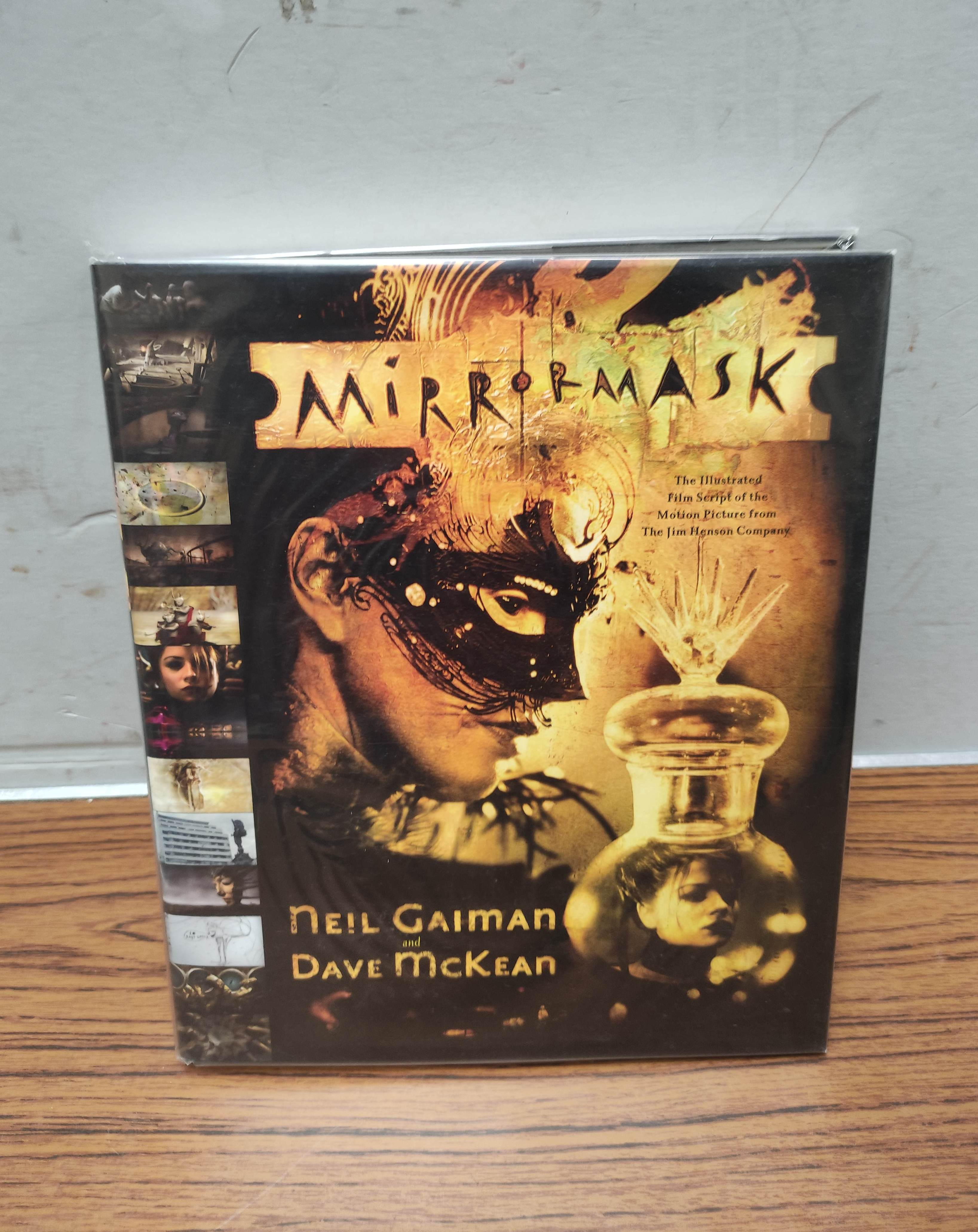 GAIMAN NEIL.The Sandman. Vols. 1 to 10 in wrappers & slip case; also 5 others, Neil Gaiman. - Image 11 of 17