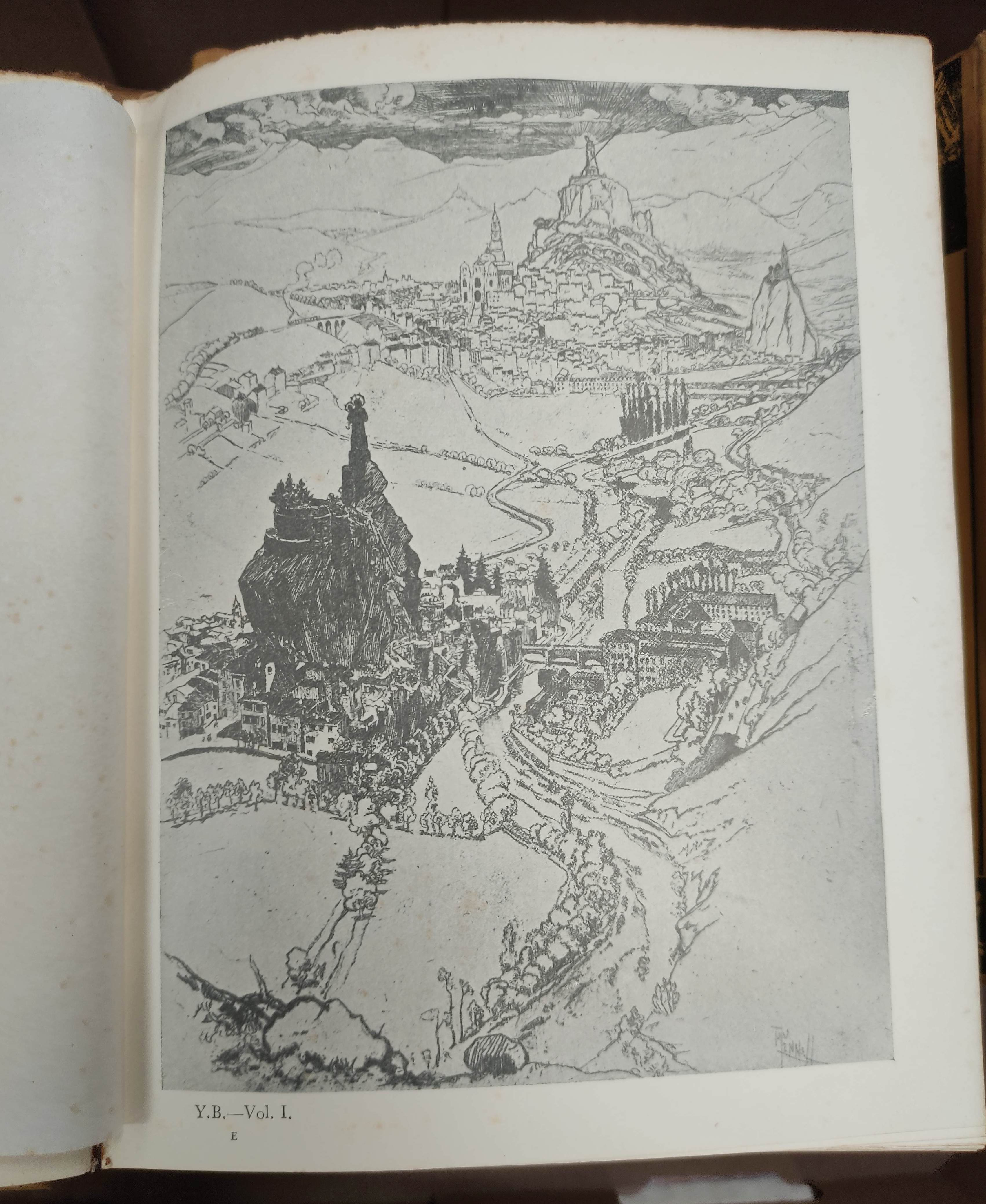 THE YELLOW BOOK.An Illustrated Quarterly. A set of 13 vols., many fine illus. Small quarto. - Image 7 of 45