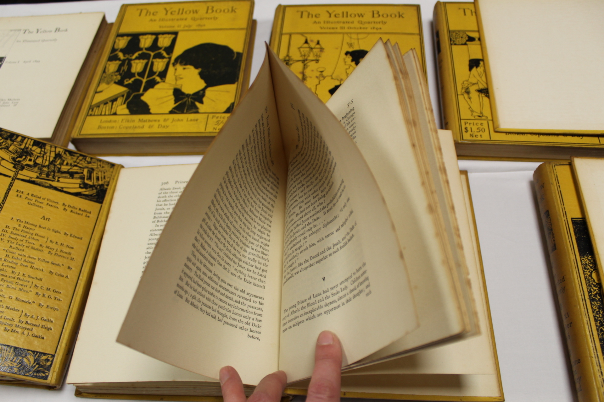 THE YELLOW BOOK.An Illustrated Quarterly. A set of 13 vols., many fine illus. Small quarto. - Image 16 of 45