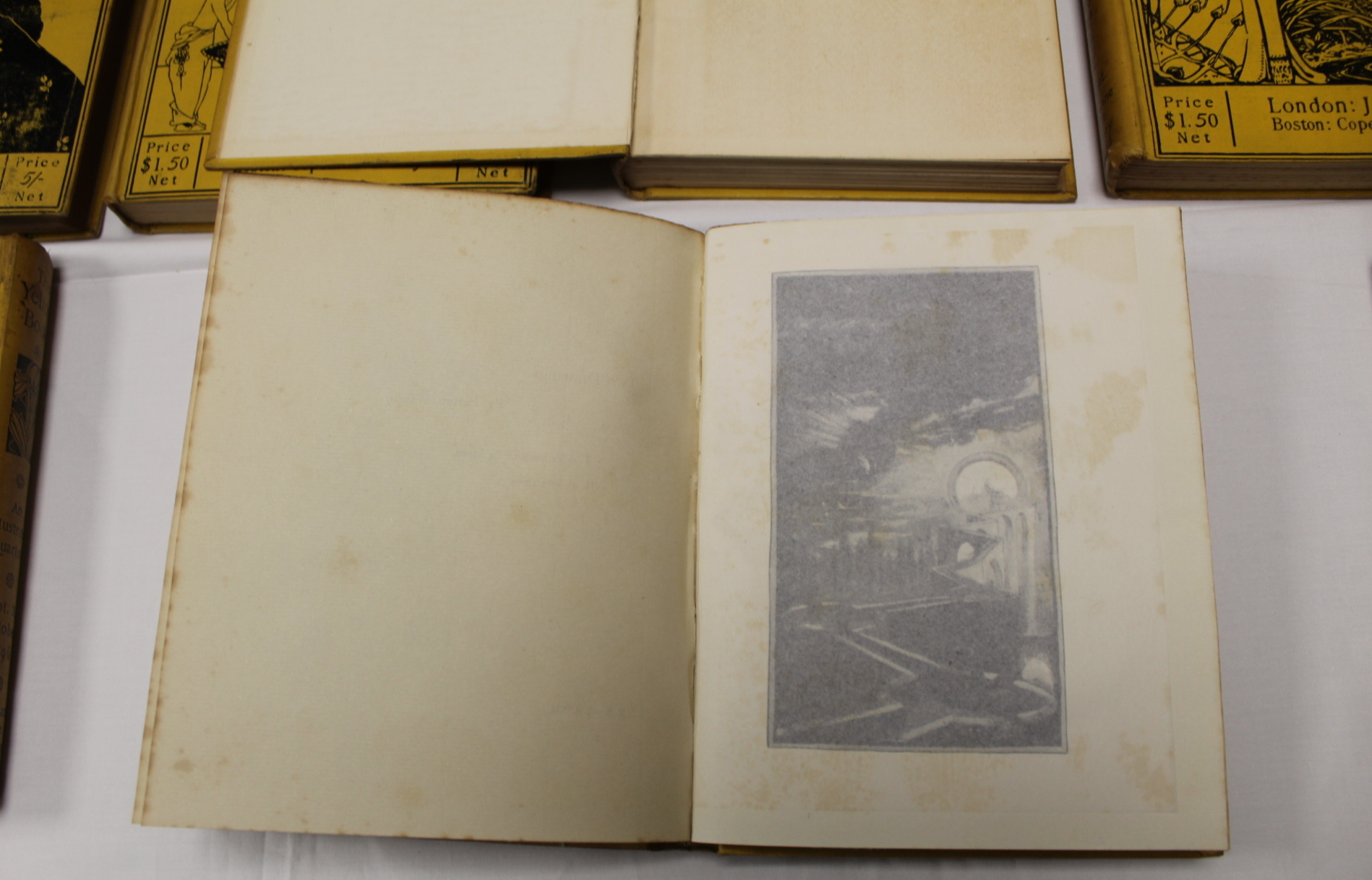 THE YELLOW BOOK.An Illustrated Quarterly. A set of 13 vols., many fine illus. Small quarto. - Image 24 of 45