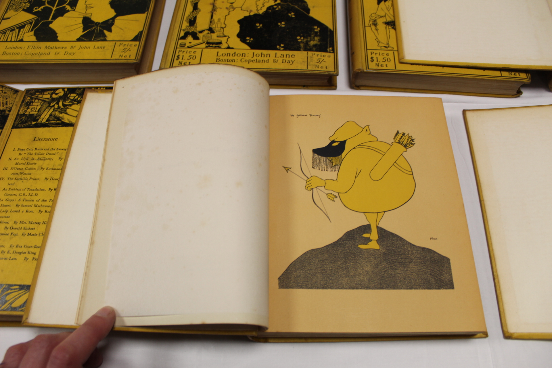 THE YELLOW BOOK.An Illustrated Quarterly. A set of 13 vols., many fine illus. Small quarto. - Image 17 of 45