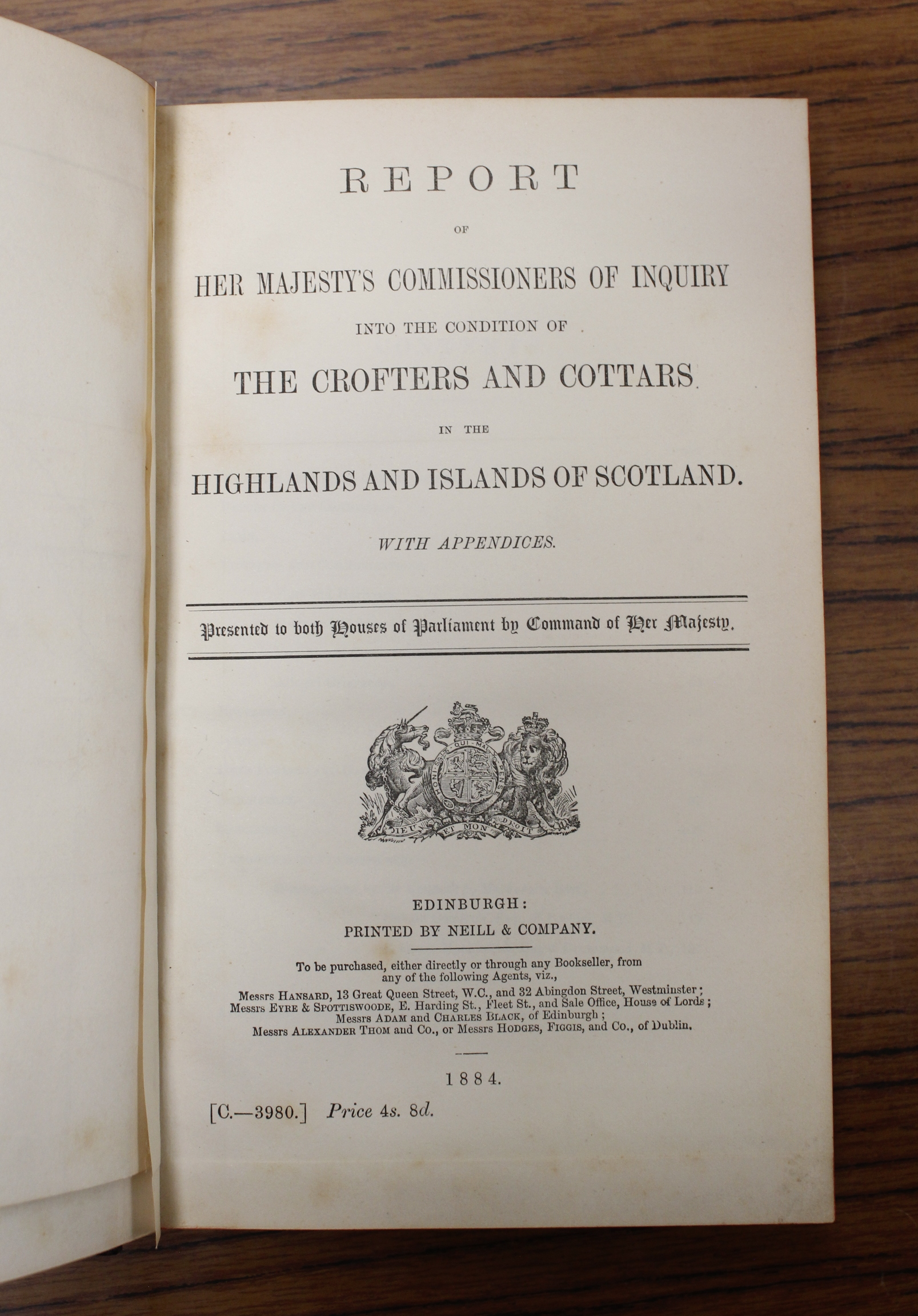 CROFTERS COMMISSION.Report of Her Majesty's Commissioners of Inquiry. 5 vols. incl. Evidential - Image 4 of 9