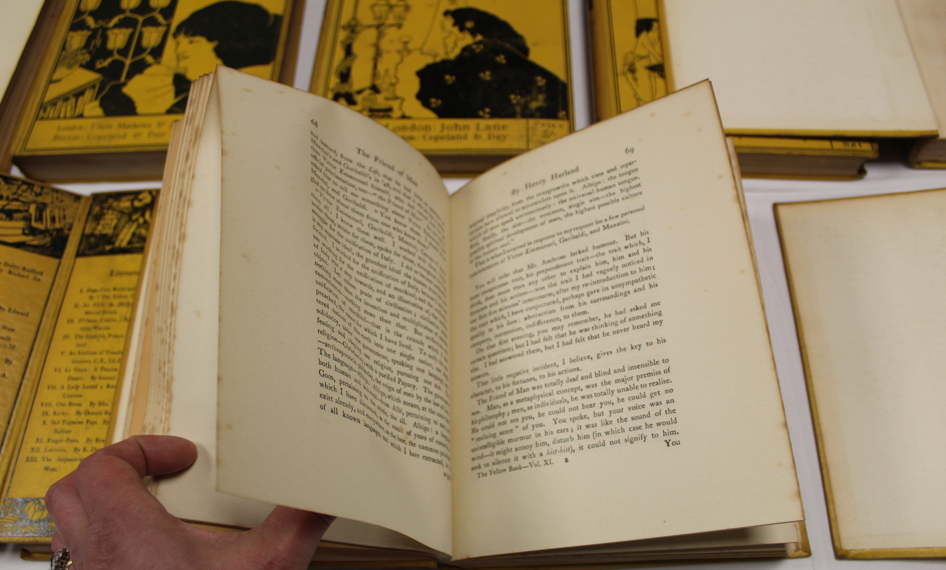 THE YELLOW BOOK.An Illustrated Quarterly. A set of 13 vols., many fine illus. Small quarto. - Image 18 of 45