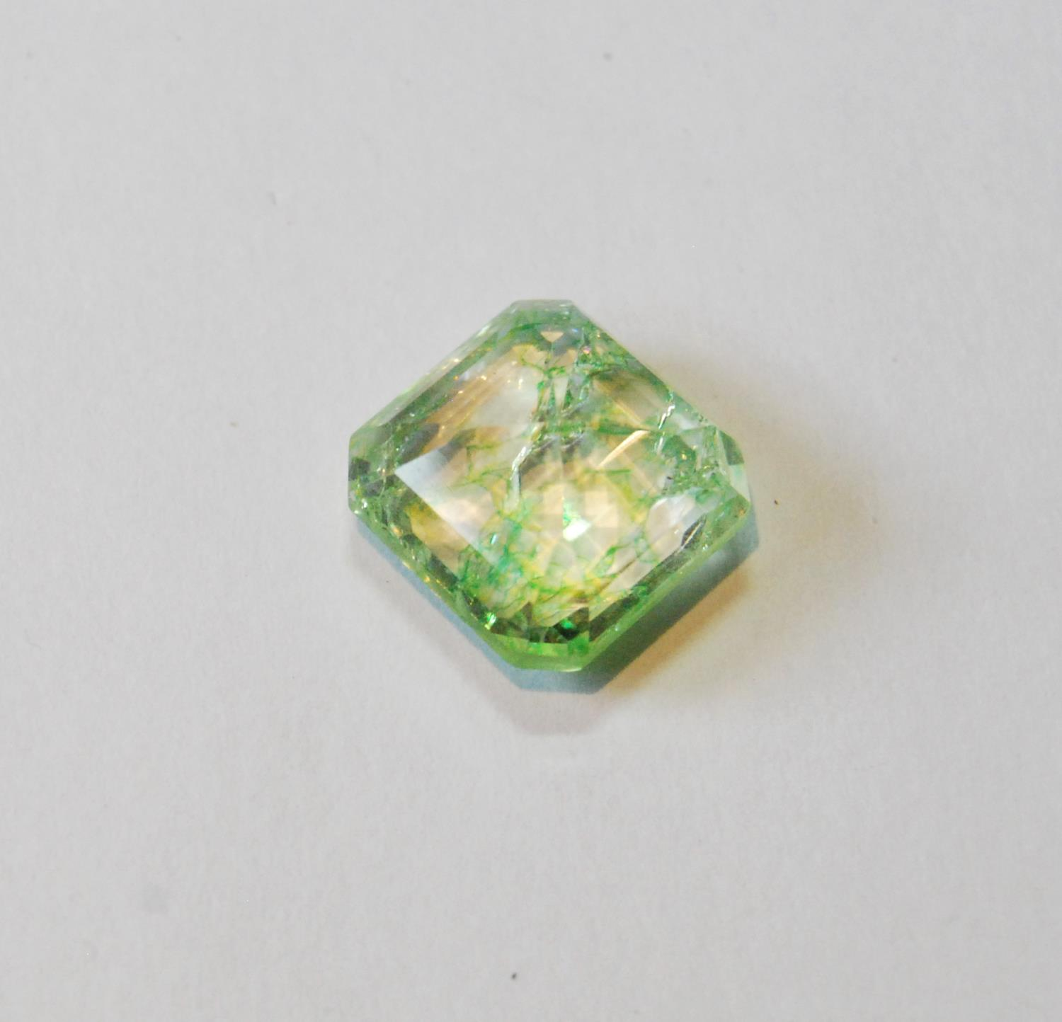 Unmounted square emerald with NGL report, given as 8.65ct, 12.24mm x 7.26mm, treated, of almost lime - Image 4 of 5