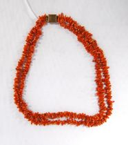 Vintage pink coral double-strand necklace, 49cm long.