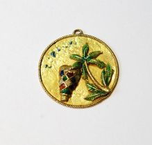Italian gold and enamel pendant, '18k'.