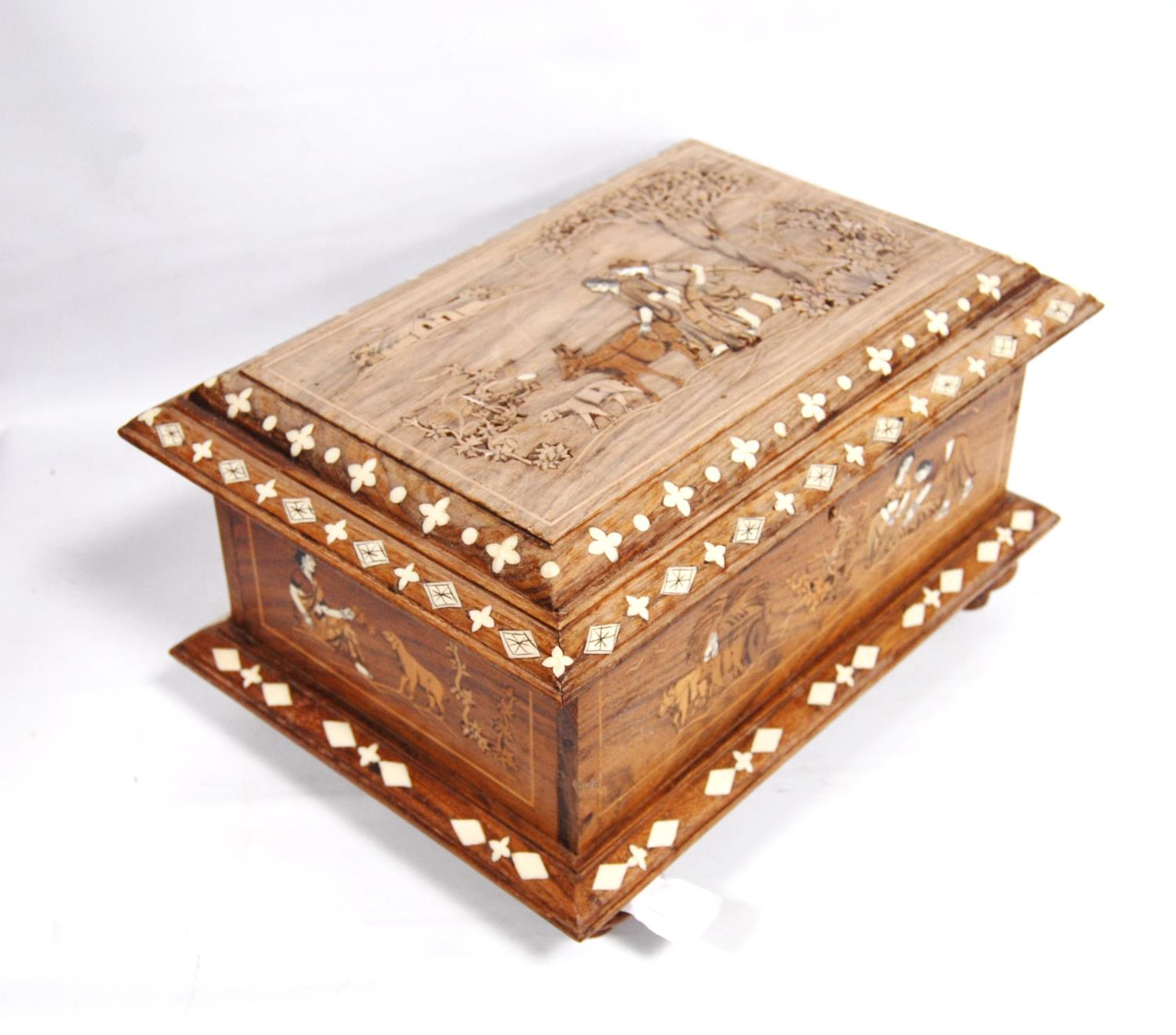 Inlaid rosewood casket-shaped box decorated with a rural scene, with hinged rectangular lid and - Image 2 of 5