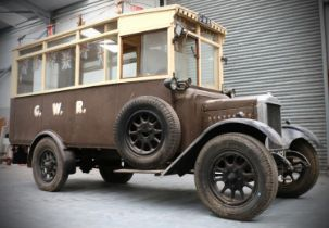 MORRIS COMMERCIAL MODEL T BUS,vintage bus, c.1930s in GWR livery. Reg. no. SV4921, with Vehicle