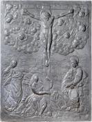 Museales Bleirelief einer Kreuzigung, Süddeutsch, Nürnberg oder Augsburg, um 1530/50