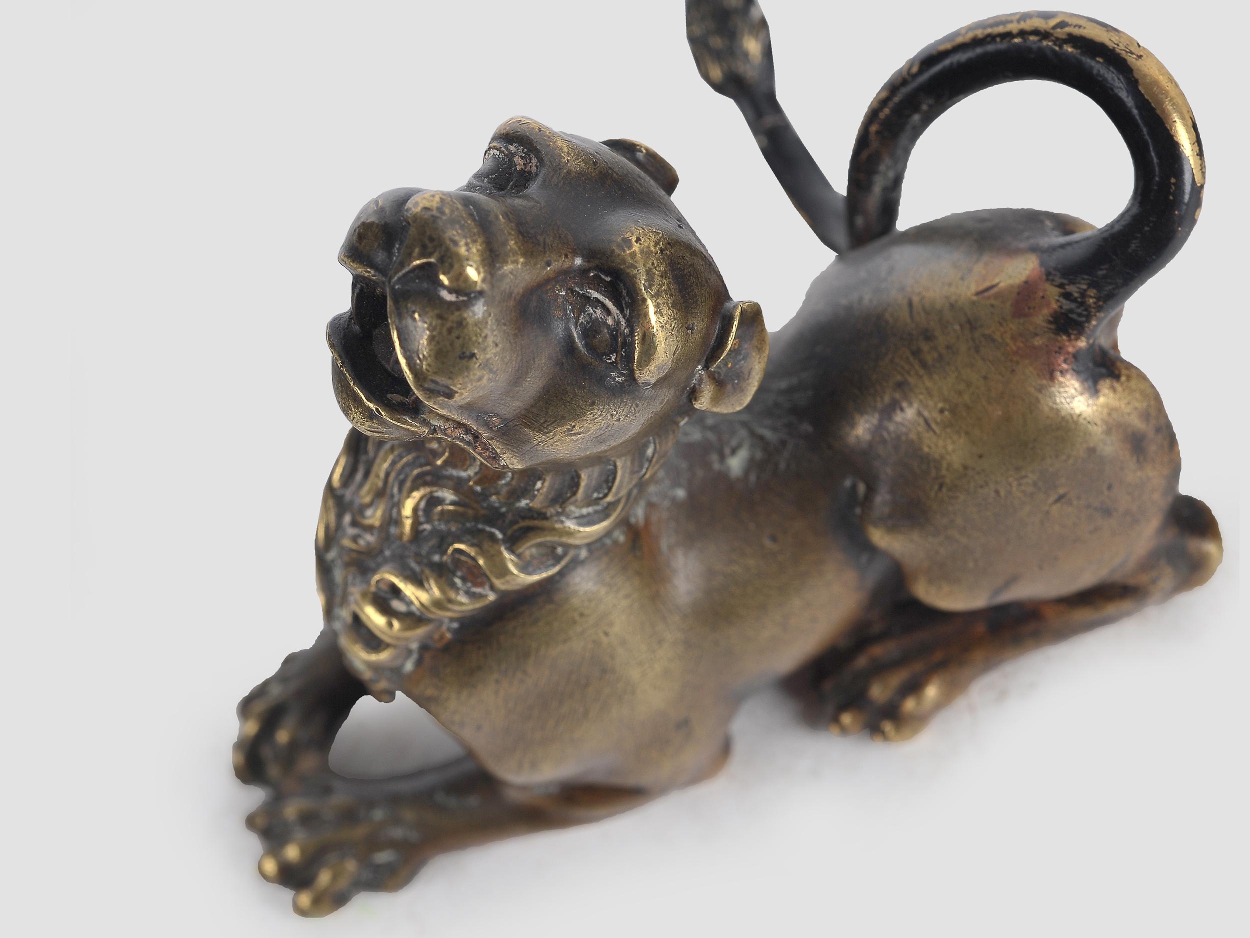 Liegender Löwe, Bronze, 16. / 19. Jahrhundert - Image 4 of 5
