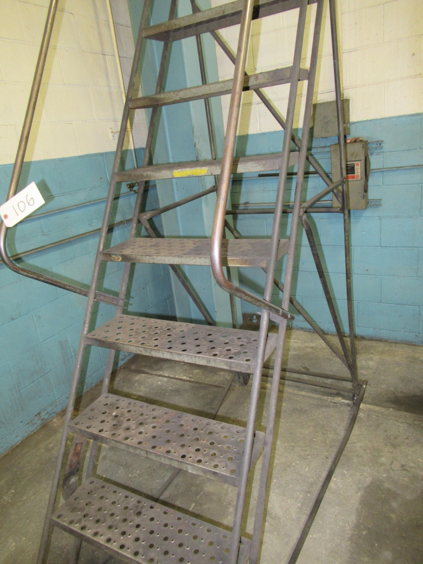 (2) ROLLING STEPS LADDERS - Image 2 of 3