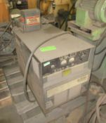 Lincoln R3S-600 Welding Power Supply with Lincoln Squirt Mobile