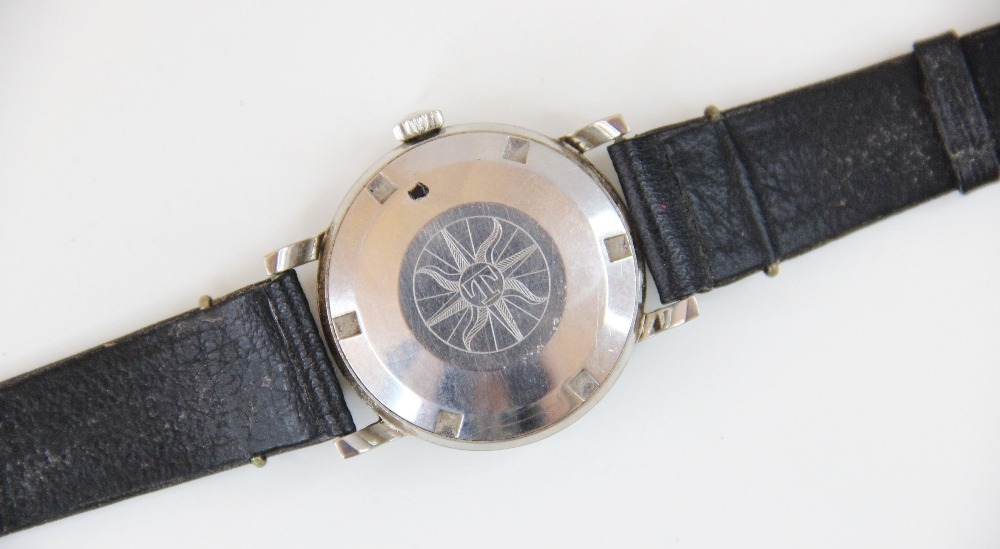A Gentleman's vintage Tudor Oyster 'Shock Resisting' wristwatch, the round gold-toned dial with - Image 5 of 5