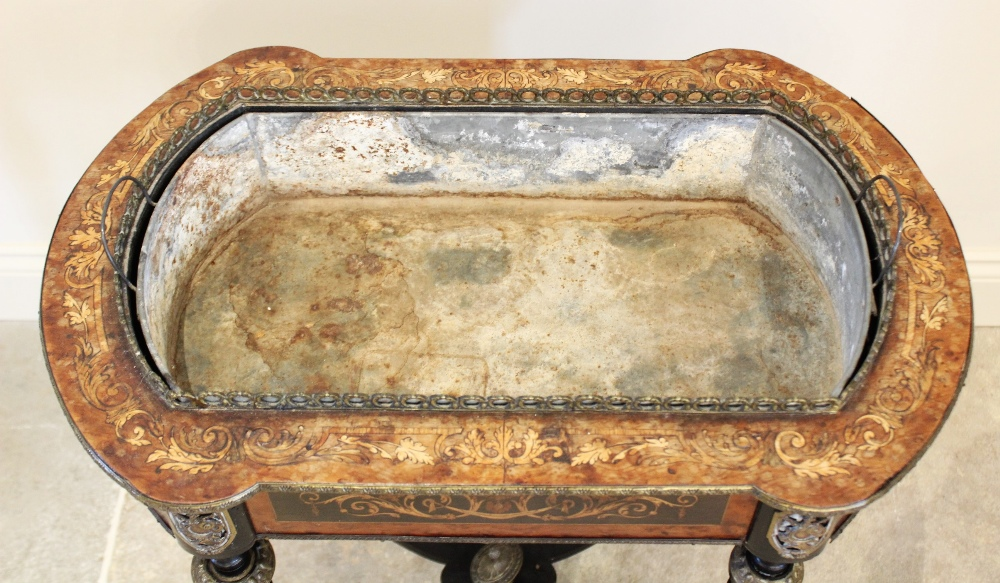 A French Louis XVI style jardinière planter, 19th century, with thuya wood panels and overall - Image 4 of 5