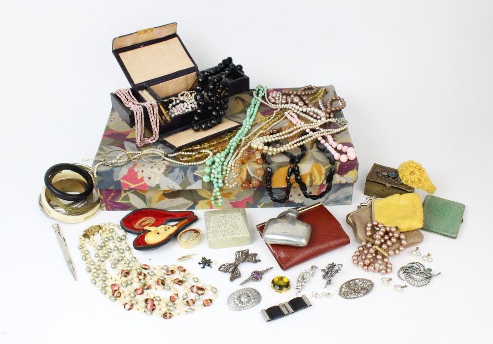 A large quantity of vintage and costume jewellery and accessories, to include a pair of cultured