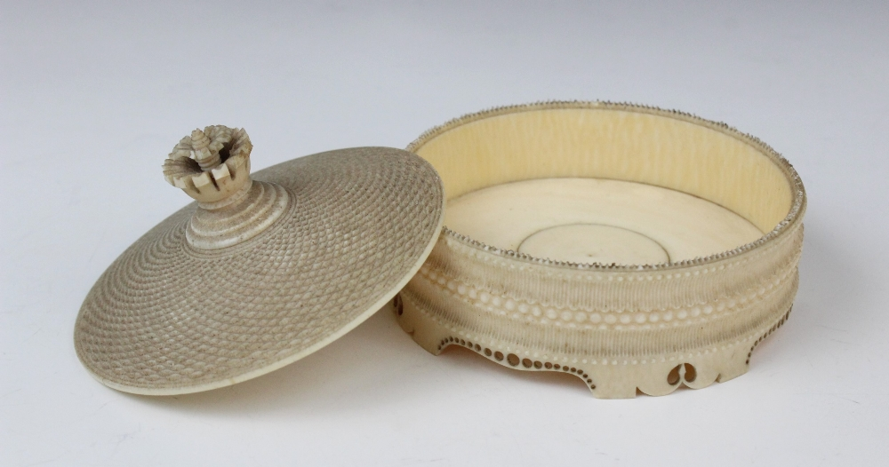 A turned ivory box and cover, Dieppe (19th century), the finely ribbed and beaded body on pierced - Image 2 of 2