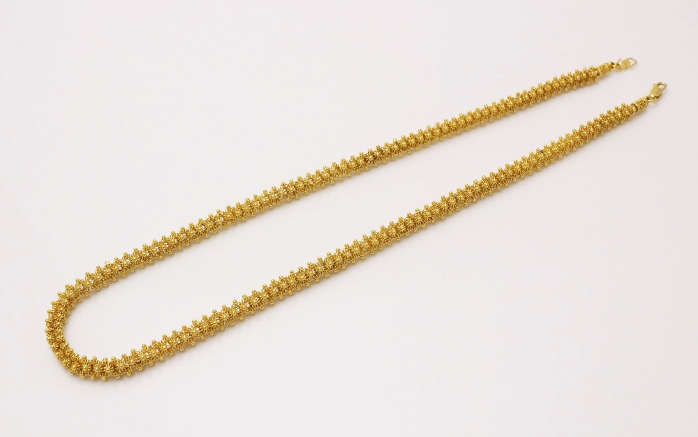 A yellow gold popcorn link chain, with S-hook fastener stamped ?S22? and lobster claw fastener - Image 2 of 3
