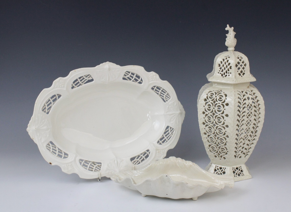 Three pieces of early 19th century creamware pottery, comprising: a Leeds Pottery pot pourri and