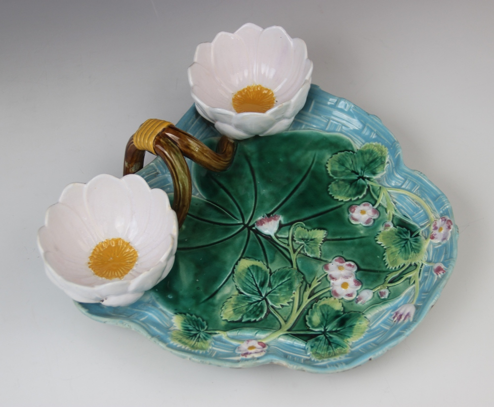 A George Jones majolica strawberry dish, late 19th century, modelled as a lily pad on ozier ground - Image 7 of 9
