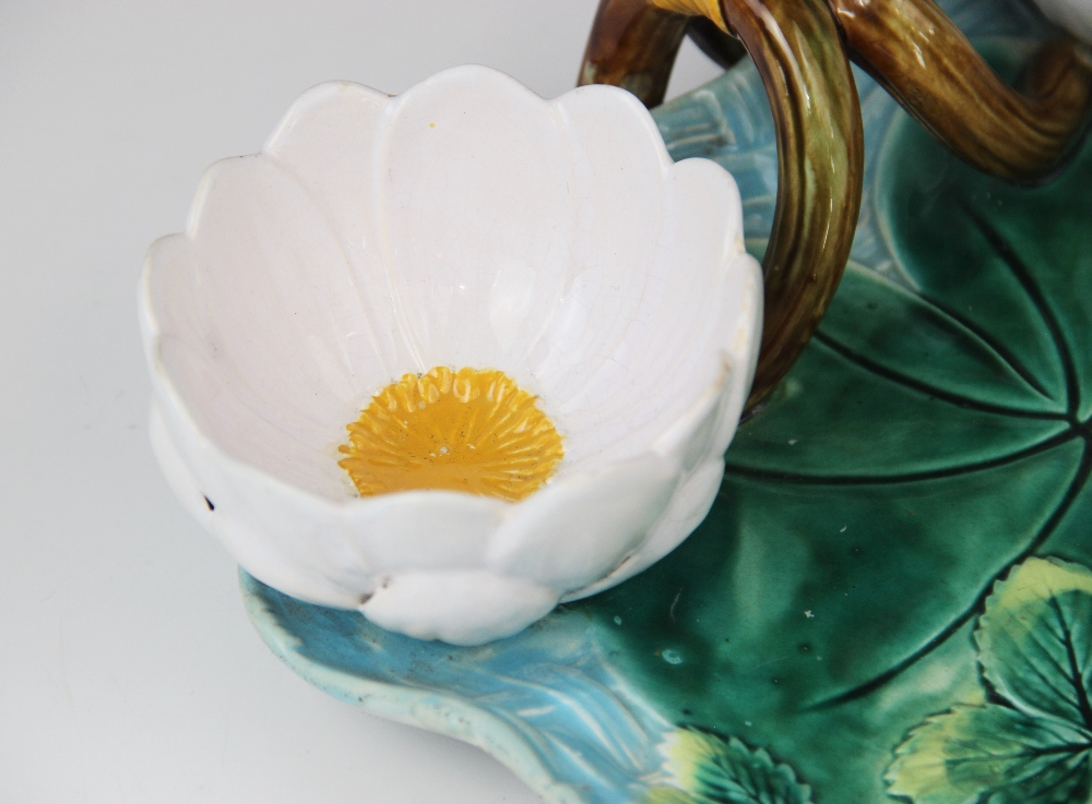 A George Jones majolica strawberry dish, late 19th century, modelled as a lily pad on ozier ground - Image 9 of 9