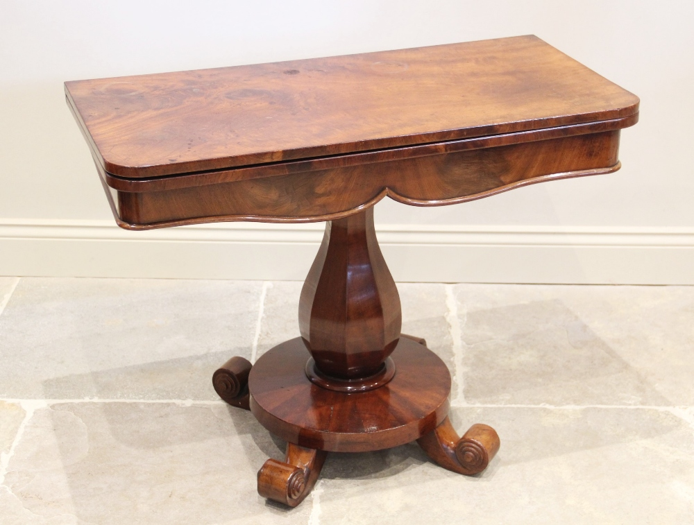 A William IV mahogany pedestal tea table, the rectangular hinged top with rounded front corners, - Image 2 of 5