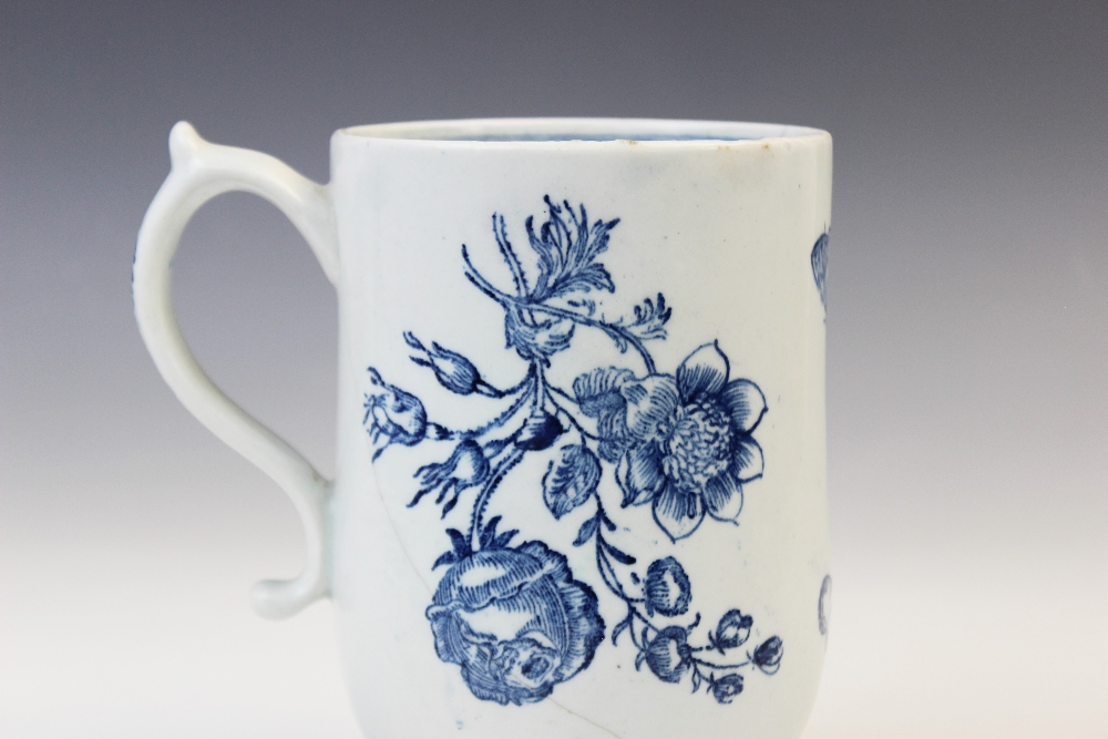 A Lowestoft blue and white mug of large proportions, late 18th century c.1770, printed with - Image 5 of 5