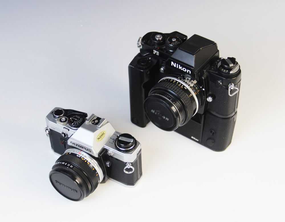 A Nikon F3 35mm SLR camera serial number 1823249, mid 20th century, fitted with a Nikkor 50mm 1:1. - Image 3 of 3