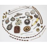 A selection of antique and vintage jewellery, to include six early 20th century shield fob