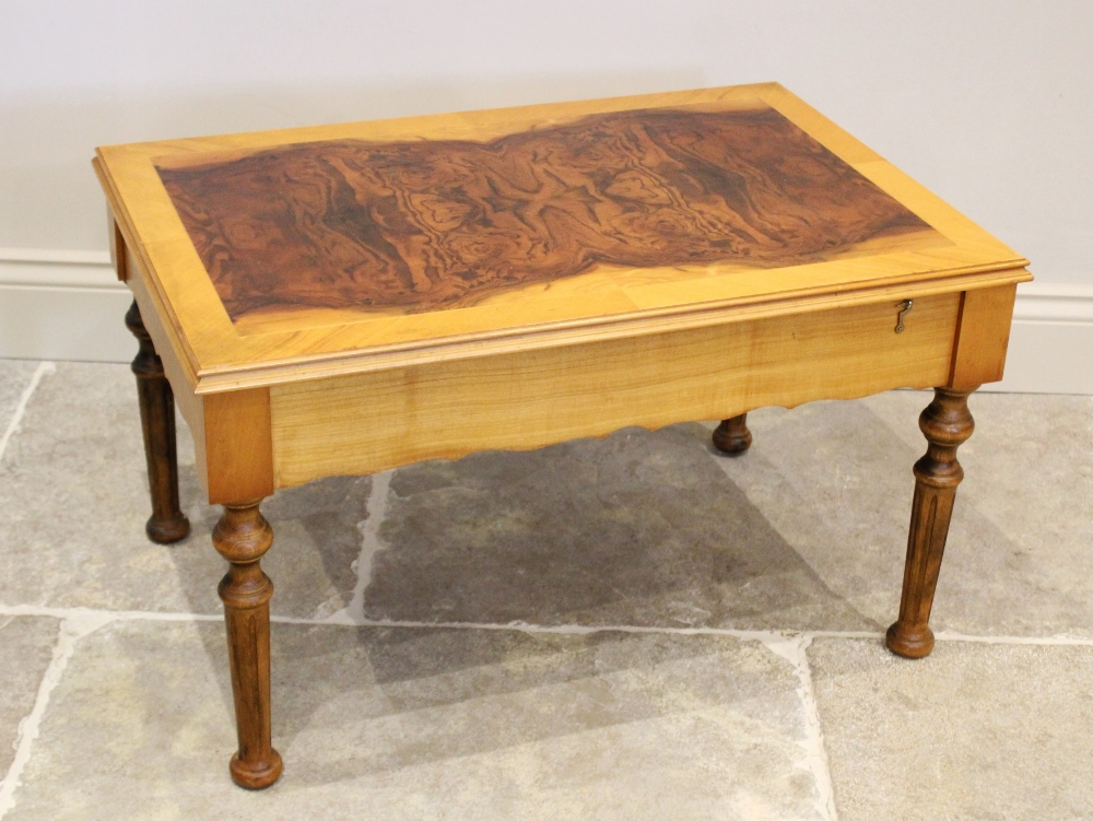 A late 20th century Dal Negro roulette table compendium, the burr walnut quarter veneered table - Image 2 of 2