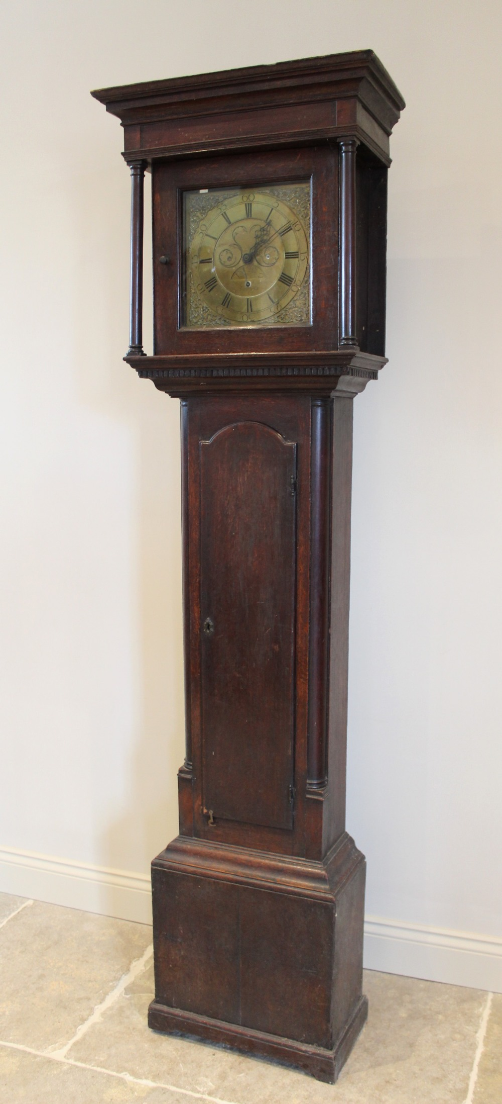 A George III oak and mahogany cross banded thirty hour longcase clock by 'Thomas Hargraves, Settle', - Image 2 of 5
