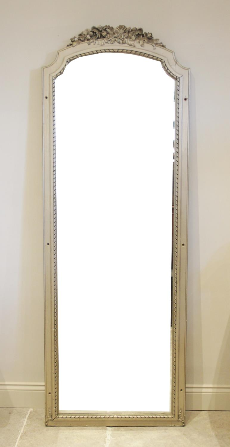 A large painted hardwood pier mirror, late 20th century, the frame surmounted with a foliate crest - Image 2 of 2